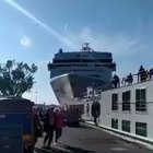 Cruise ship crashes against a pier in Venice, Italy